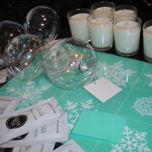 Chalk Couture Holiday Decor and Gift Pack